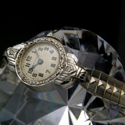 ウォルサム ダイヤ装飾 14KWG レディースウオッチ 分解掃除済み 03