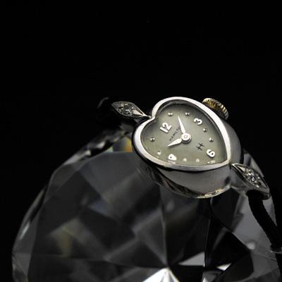 ハミルトン ハート型ケース レディースアンティークウオッチ 2ポイントダイヤ装飾 分解掃除済み 希少 02