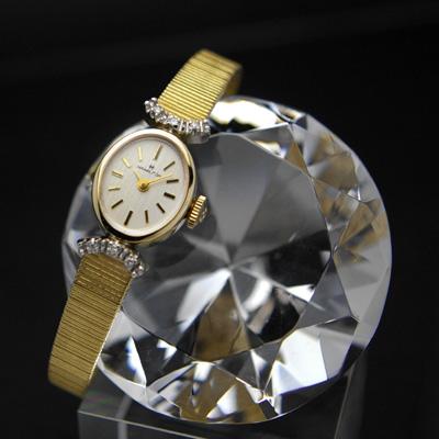 ハミルトン オーバルケース ダイヤ装飾ラグ デッドストック レディースアンティークウオッチ
