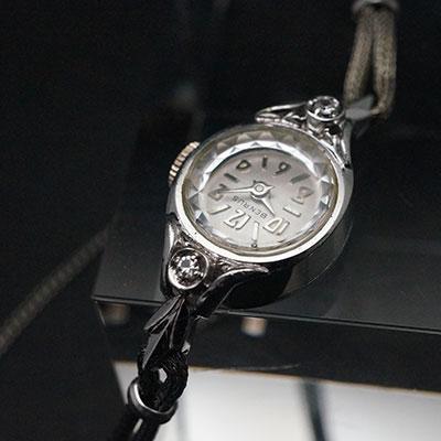 ベンラス 2ポイントダイヤ装飾 偶数字アラビックインデックス レディースアンティークウオッチ 02