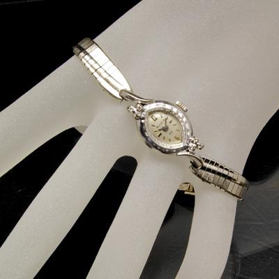 ブローバ ダイヤ装飾 10RPG アーモンドフェイス アンティーク 手巻き レディースウオッチ 03