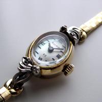 ブローバ ダイヤ装飾 10KRPG シェル文字盤 アンティーク 手巻き レディースウオッチ 市松ブレスレット
