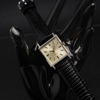ロレックス スクエア シルバーダイアル 手巻き 1966年製造 レディースアンティークウオッチ
