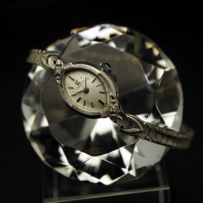 オメガ アーモンドフェイス 14KWG ワンポイントダイヤ装飾 レディースアンティークウオッチ 分解掃除済み 02