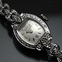 ブローバ ダイヤ装飾 14KWGケース&ブレスレット 手巻き レディースウオッチ アンティーク