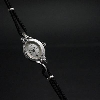 ブローバ ダイヤ装飾 アーモンド型ケース 手巻き アンティークレディースウオッチ 02